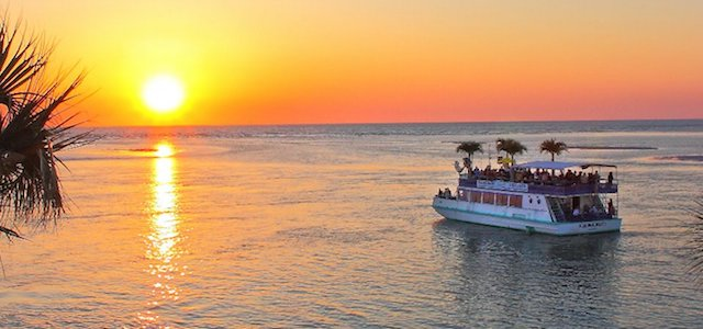 A sunset cruise on the Gulf of Mexico with LeBarge Tropical Cruises.